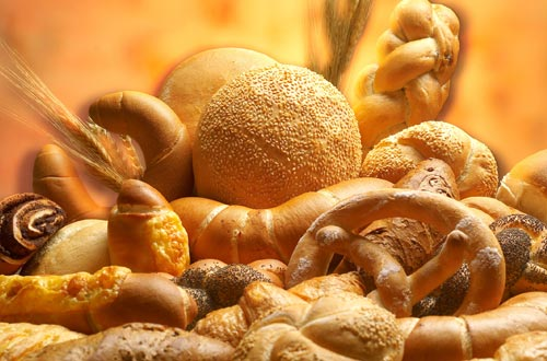 One day in advance you can order all kinds of bread specialities made by the local bakery. Choose from a huge range of mouth-watering bread delights to suit all tastes and preferences. The next morning the freshly baked bread will be delivered to your apartment door.