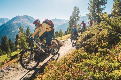 Als Partnerbetrieb der Bike-Unterkunft Sölden bieten wir Ihnen zahlreiche Serviceleistungen für ihren Bikeurlaub im Ötztal.