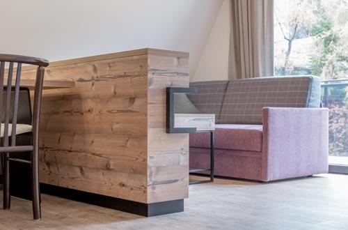 Eingebettet in die einzigartige Bergwelt von Sölden  –  1 Schlafzimmer mit Doppelbett, großzügige Wohnküche mit Sitzecke und Ausziehcouch, Badezimmer, möblierter Balkon, …